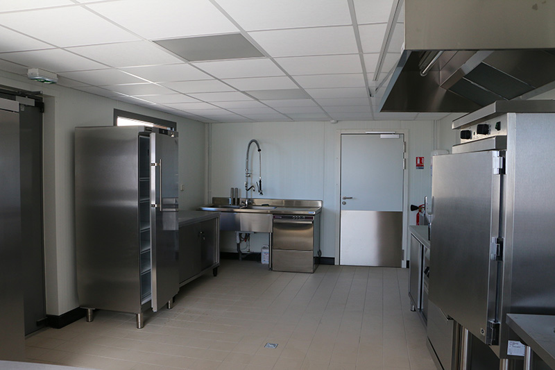 Salle de réception avec cuisine à Ormes 51